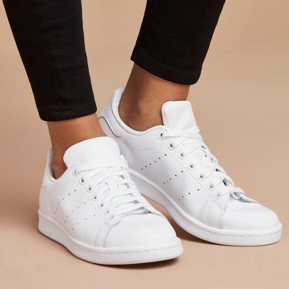 best sneakers fc43b 38a68 all white adidas stan smith